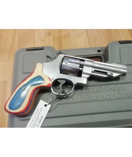 Smith & Wesson modello 625-8 calibro 45 ACP